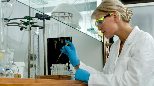 Laboratory Ergonomics E-Learning