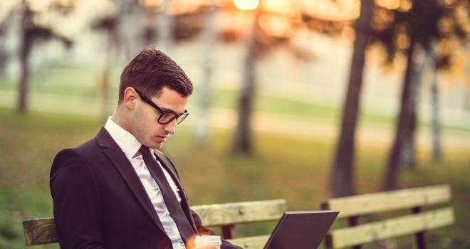 Forming Good Ergonomic Habits for Mobile Working